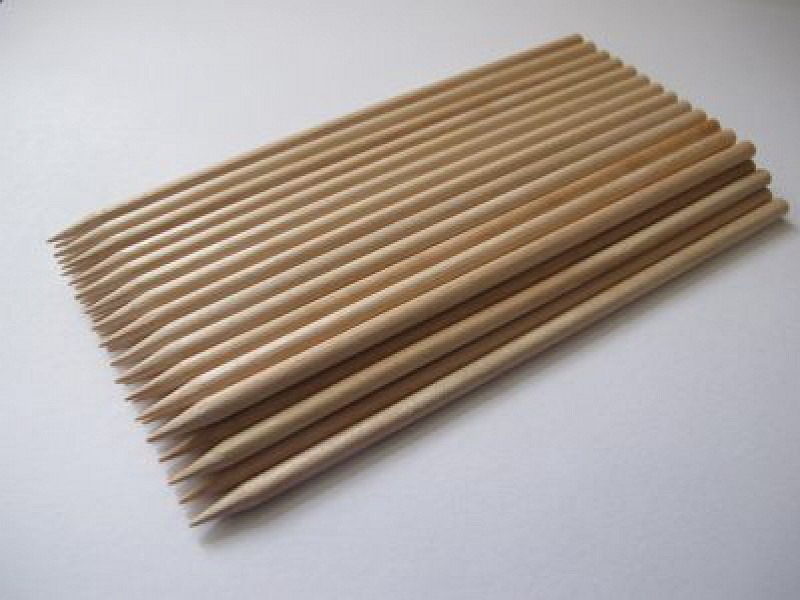 97D310029 - Saté-stokjes 2,5 x 150 mm berkenhout